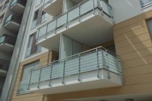 balkone-glastrennwand