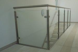 gelaender-glas-treppenhaus