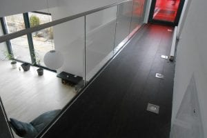 loft-galerie-mit-glasgelaender