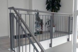 stahl-gelaender-galerie
