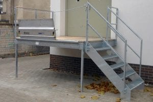 stahltreppe-aufgang-industriell