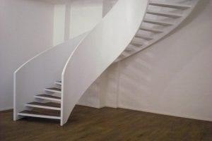 wohnraum-treppe-modern